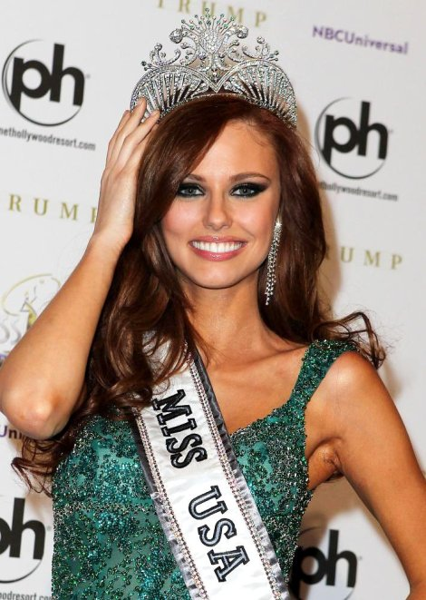 Alyssa was instant favorite for Miss Universe when she won Miss USA