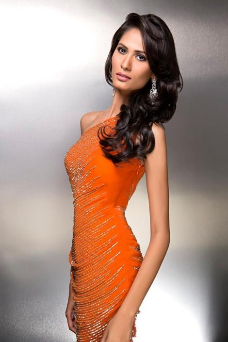 Sharon Alexander during Femina Miss India Delhi 2016 Glam Shots