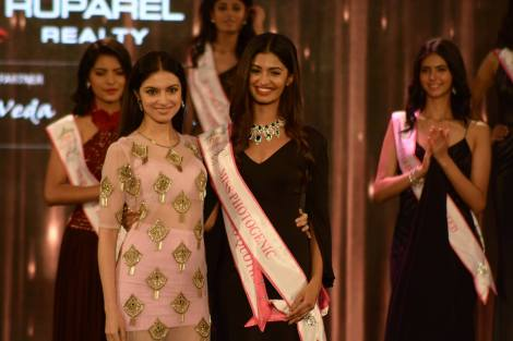 Sushruthi Krishna won Miss Photogenic at Femina Miss India 2016 Sub Contest