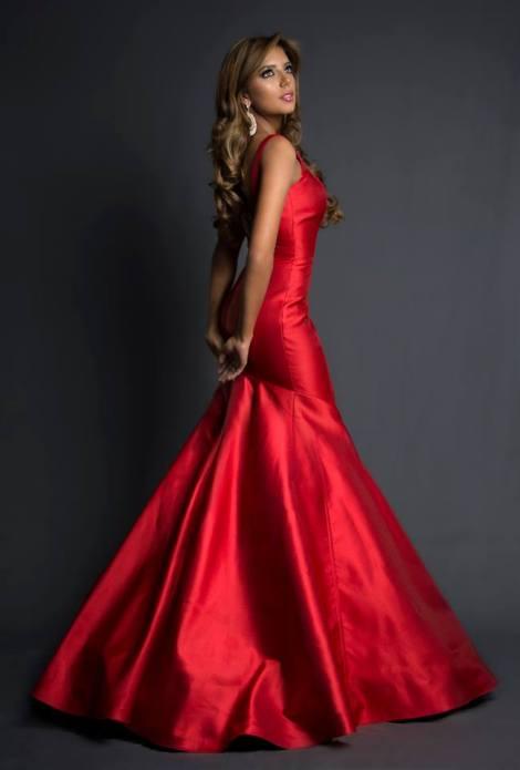 Connie Jiménez during Miss Ecuador 2016 Evening Gown Portraits