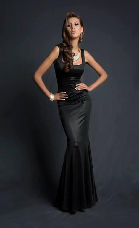 Cristina Vásquez Alarcón during Miss Ecuador 2016 Evening Gown Portraits
