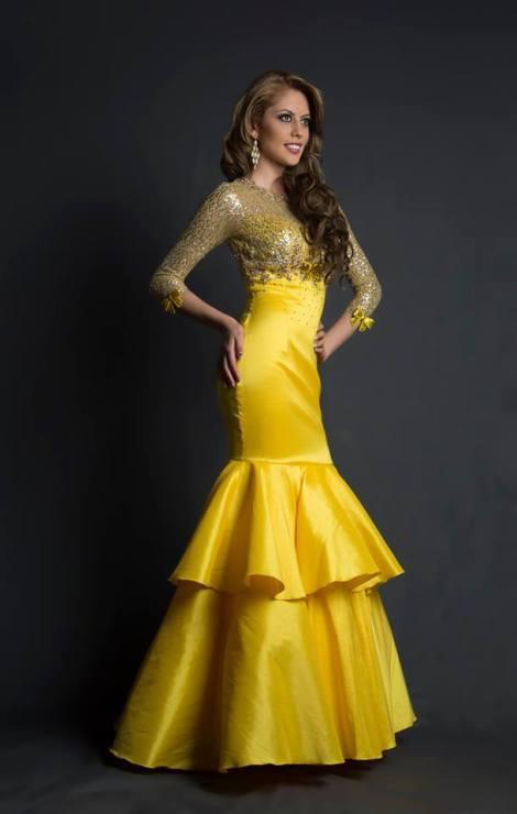 Karen Vélez during Miss Ecuador 2016 Evening Gown Portraits