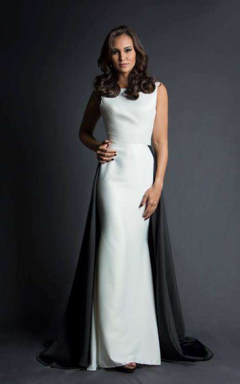 María Laura Ruiz during Miss Ecuador 2016 Evening Gown Portraits