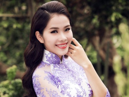 Nguyen Thi Le Nam Em is Miss Earth Vietnam 2010