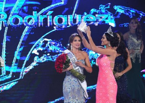 Carolina Rodriguez Castro crowned Miss Costa Rica