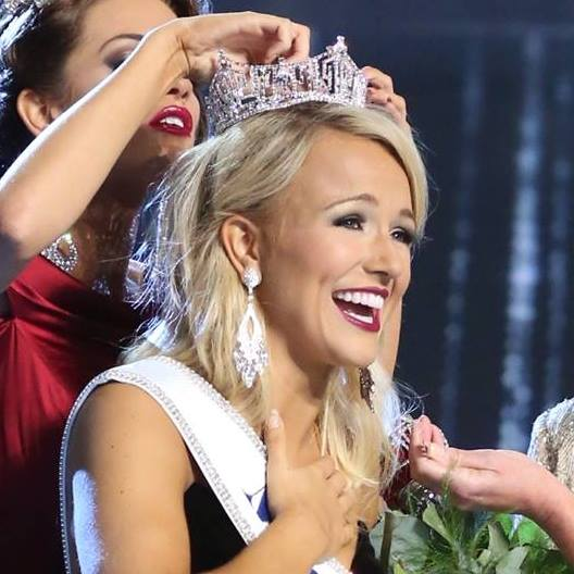 Savvy Shields of Arkansas is crowned as Miss America 2017
