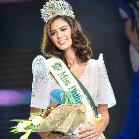 Imelda Schweighart relinquishes her crown as Miss Philippines Earth
