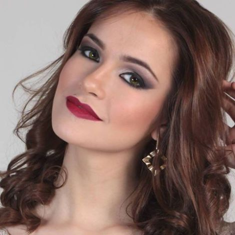 Camila Macias replaces Elena Rock as Miss World Argentina 2016. This was announced on the Facebook page of Miss Mundo Argentina.