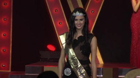 Sophia Sergio is crowned as Miss Universe Italy 2016
