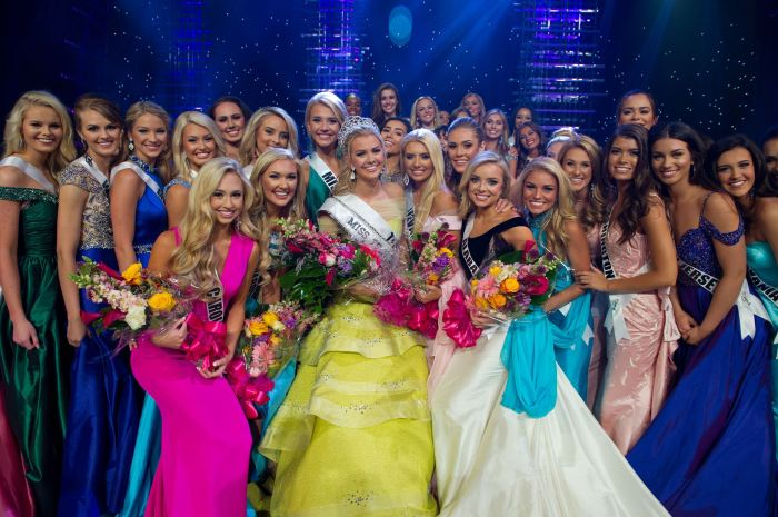 Karlie Hay, Miss Teen USA 2016 from Texas with her fellow competitors