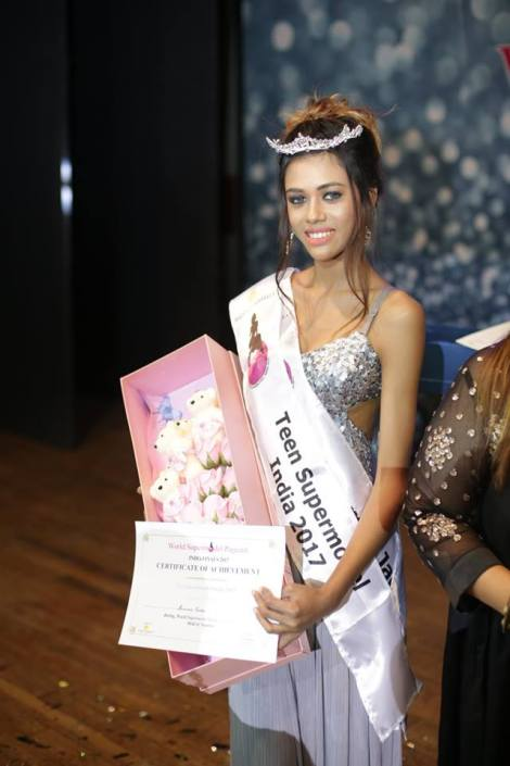 Summer Jacobs wins World Supermodel India 2017 Teen Category