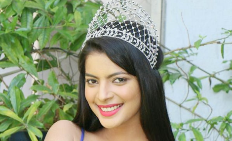 Navpreet Kaur is Femina Miss India Punjab 2017