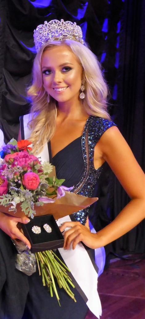 Frida Fornander crowned Miss Universe Sweden 2017